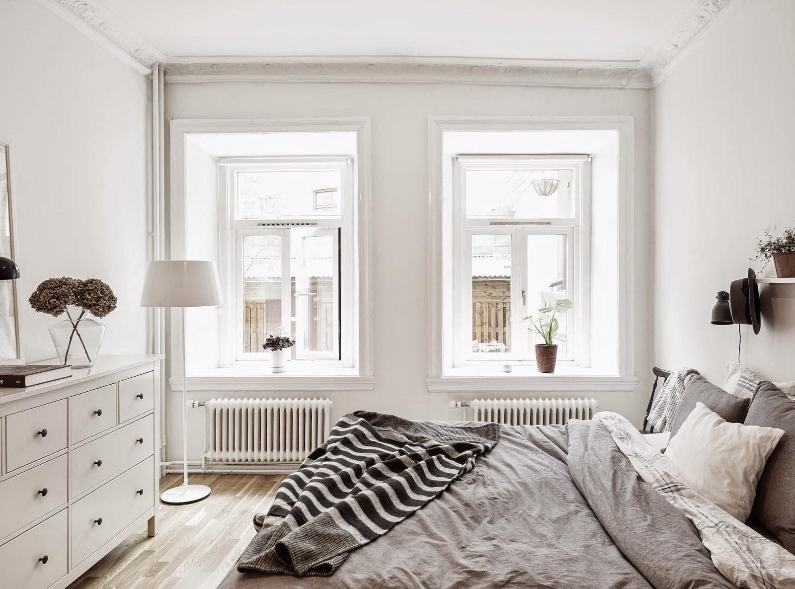 Woonkamer ideeen: rode woonkamer voorbeeld pictures.