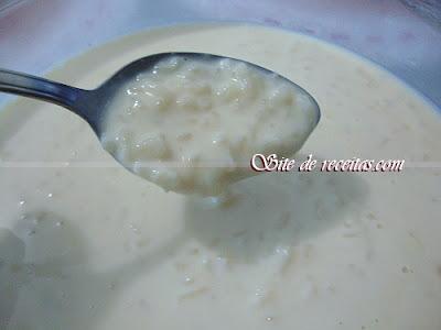 Arroz doce cremoso com leite de coco