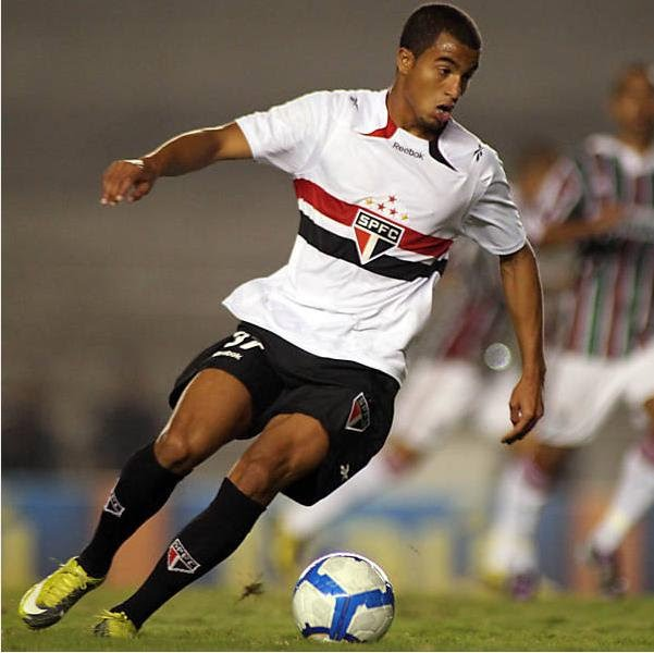 Información Y Datos Del Fútbol Brasileño: Lucas Moura ¿el