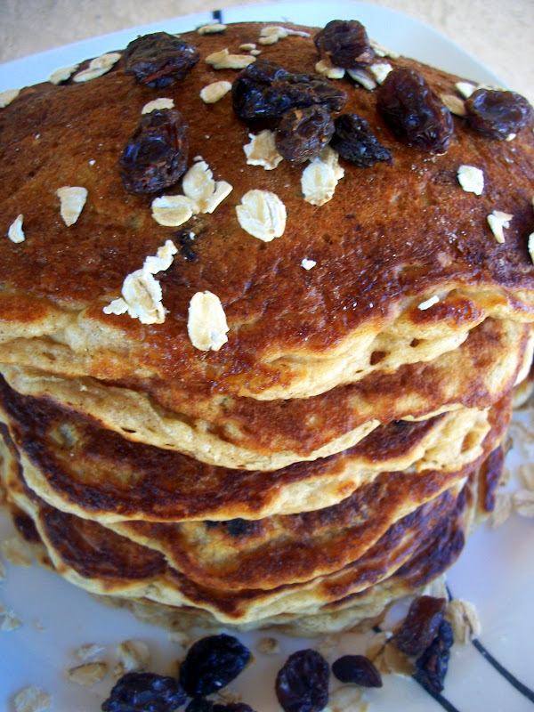 Cooking with Cristine: Oatmeal Raisin Pancakes