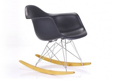 Mon fauteuil louis ghost a 10 ans - Chaise a bascule charles eames ...