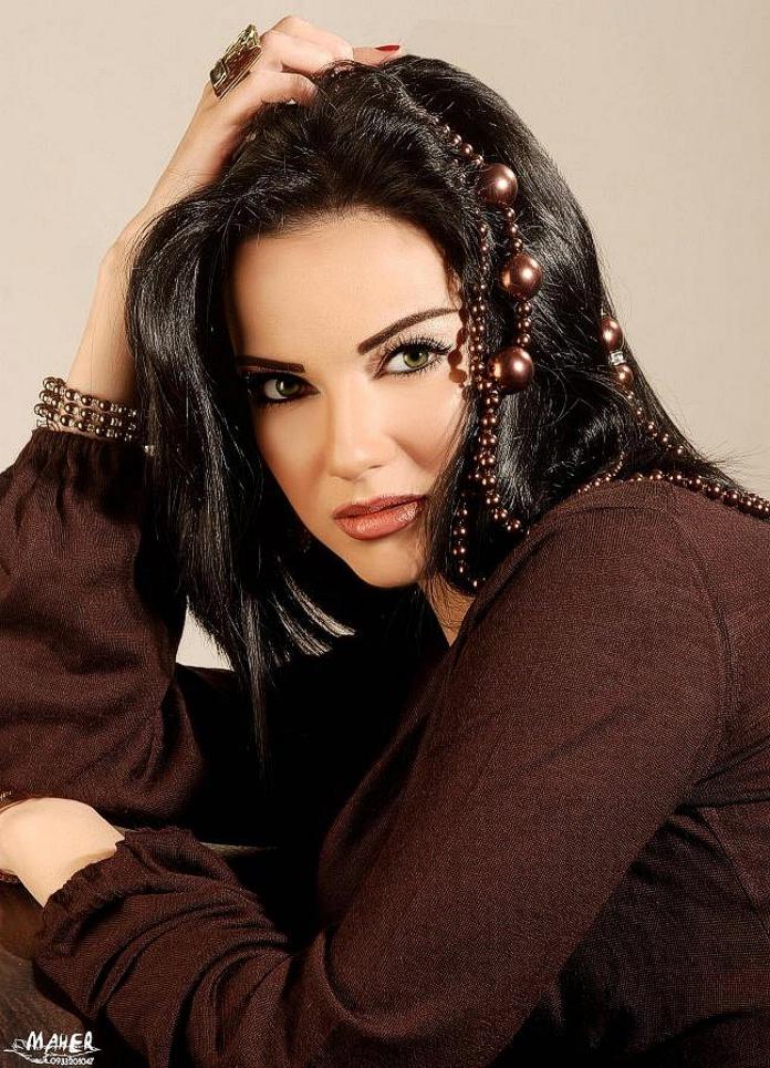 female wallpapers. Hot Arab Female Wallpapers