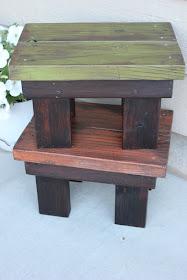 reclaimed wood stool tutorial http://bec4-beyondthepicketfence.blogspot.com/2011/08/stool-tute-tute.html