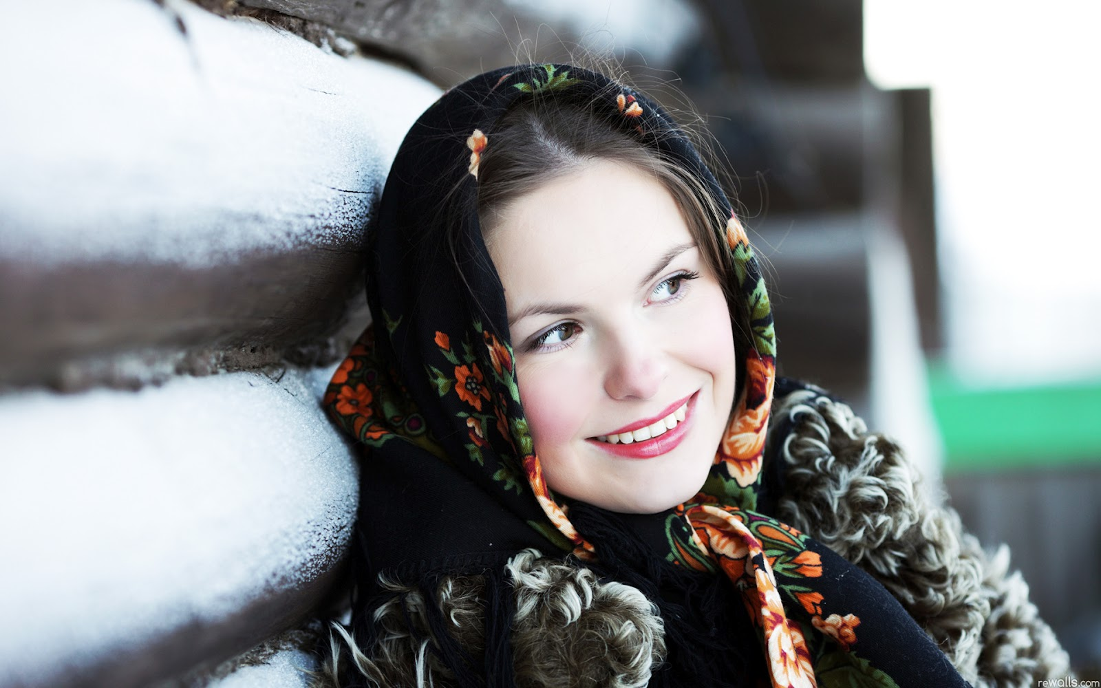 beautiful russian girls - Mobile wallpapers