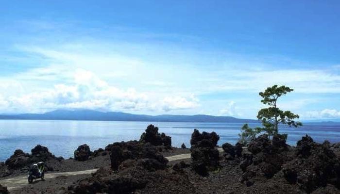 Batu Angus Ternate Maluku Utara. ZonaAero. ZonaAero