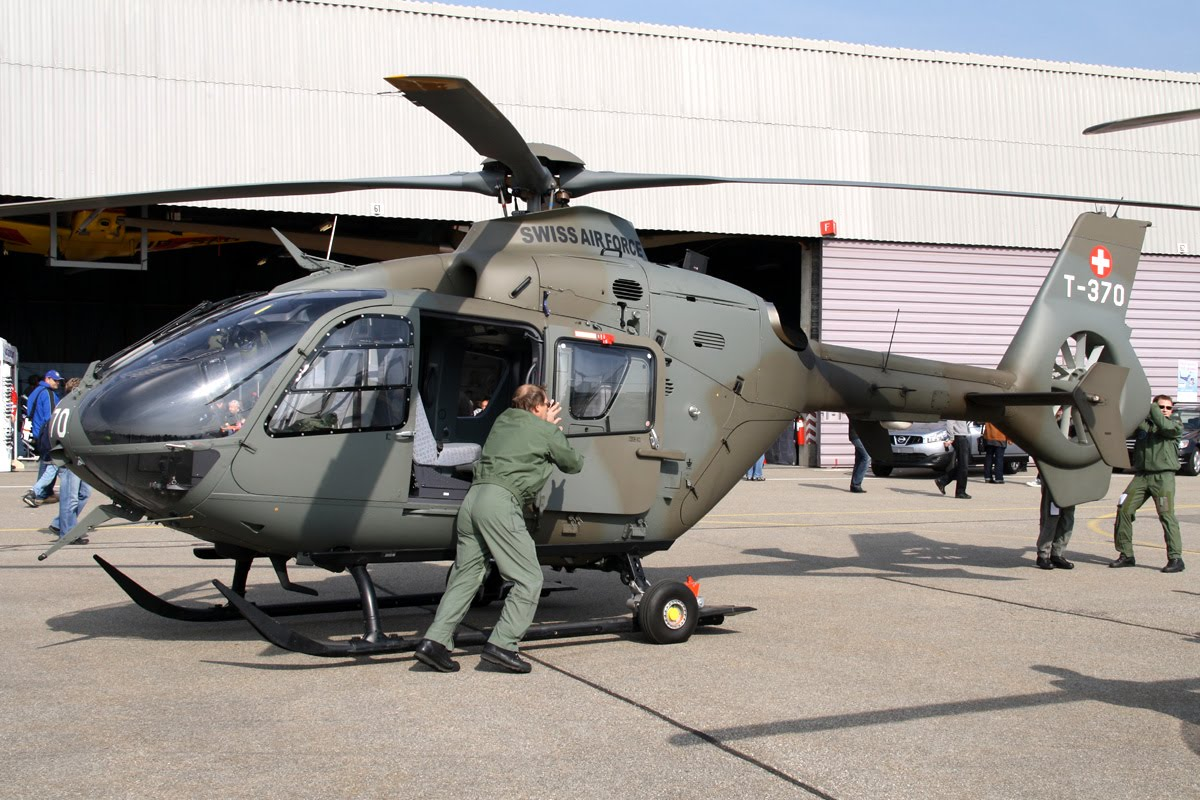 http://2.bp.blogspot.com/-W2RLlTxySac/Trr1Z-7-ZfI/AAAAAAAAA6U/vZMYAxQAHDM/s1600/EC%2B635%2BLight%2BCombat%2BHelicopter.JPG