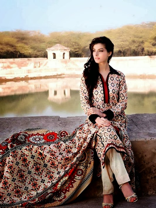 Fashion Printed Designs Lawn Collection