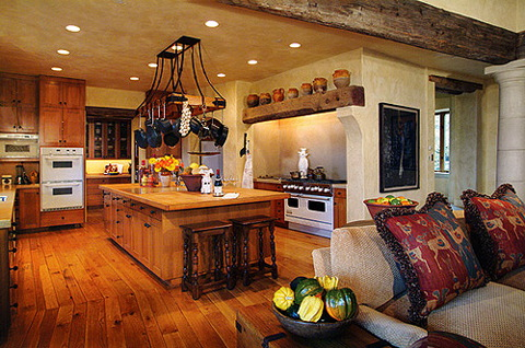Tuscan kitchen cabinets pictures kitchen design best for Tuscan kitchen design