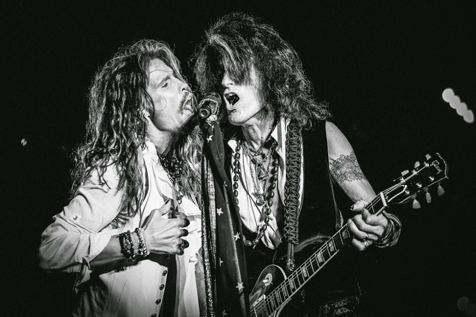 Aerosmith have announced a pair of summer canadian concert dates