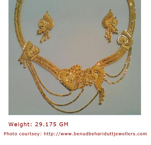 Bengali gold necklace