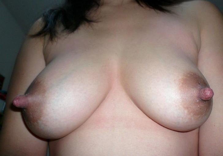большие ореолы сосков фото частное