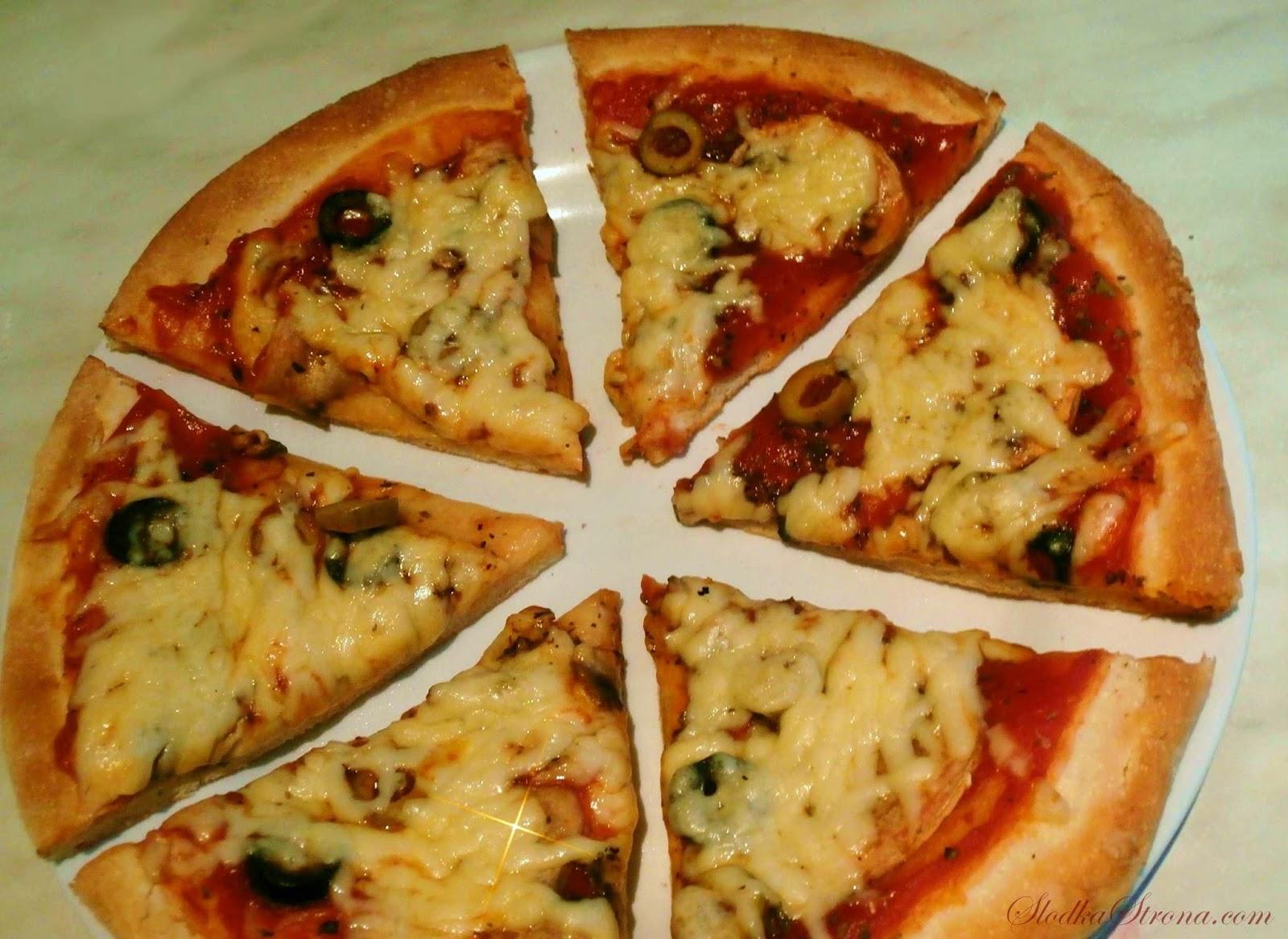 Ciasto na Pizzę z Kaszą Manną - Przepis - Słodka Strona