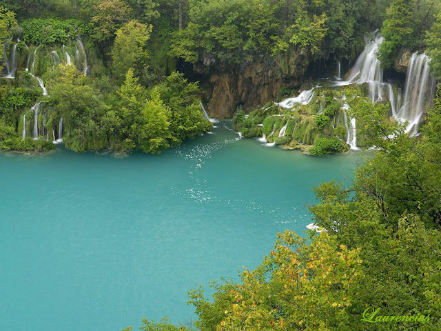Foto-Danau-Indah-Plitvice-Lakes_1
