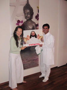 11.11.2011 -Yoga for the World Peace Yoga Frei Raum Ingolstadt with Vijay Radhakrishnan