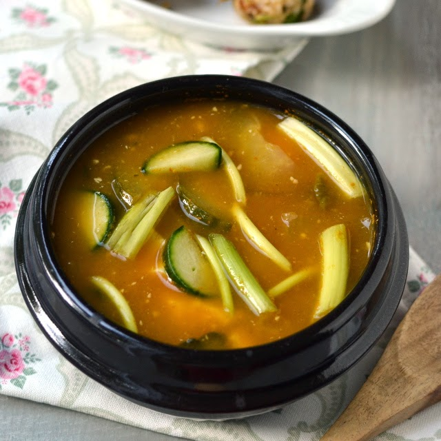 Korea -- Miso Soup & Joomuk Bap (Vegetarian/ Vegan Recipes)