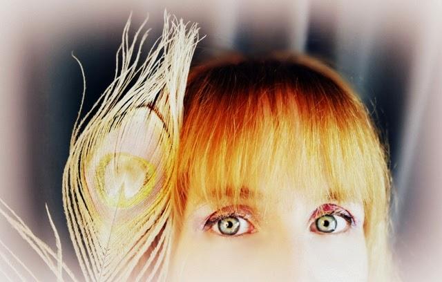 Author Naomi Bellina interview by Jo Linsdellat www.WritersAndAuthors.info