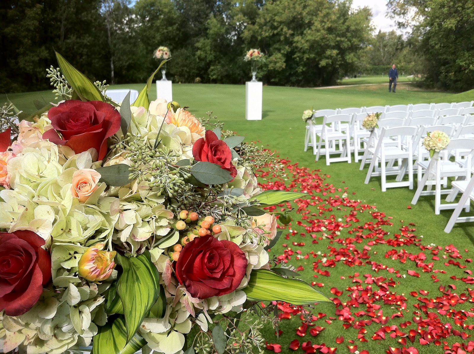 The Floral Fixx: Outdoor Wedding Ceremony Set-up