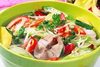 Sour Soup with Snakehead Fish Recipe (Canh Chua Cá Lóc)