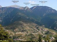El Puigllançada i la Serra de Sant Marc de Brocà des de Matallops. Autor: Ricard Badia