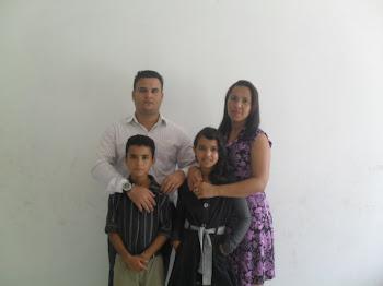 PR CHARLES URGNEM MISSIONARIA PATRICIA E FILHOS