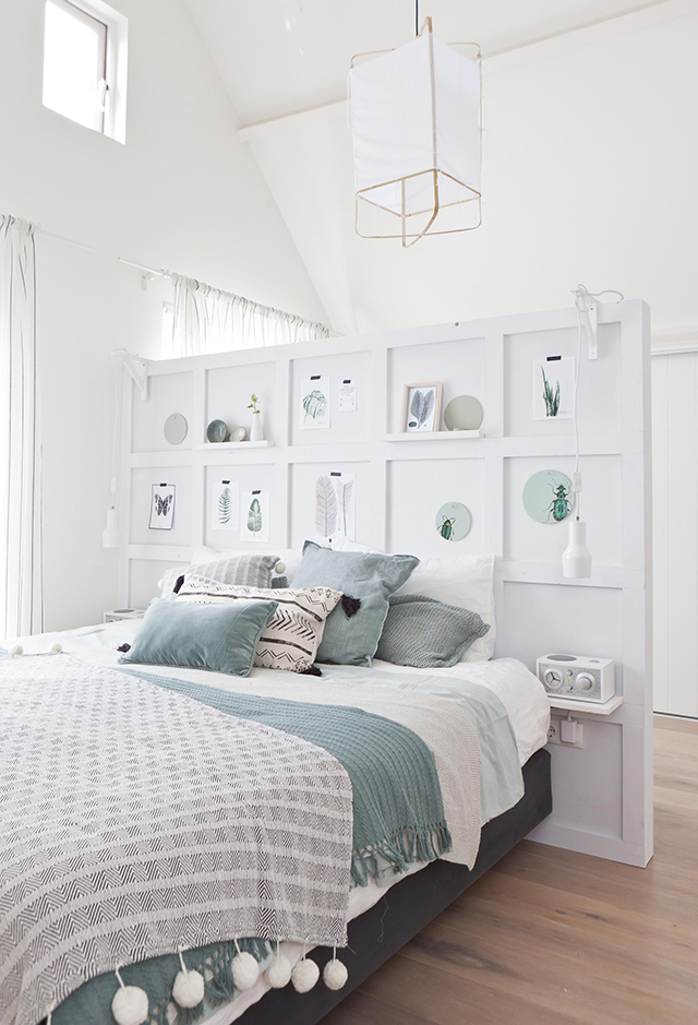 Diy multifunctional bedroom wall the design chaser - Deco chambre romantique beige ...