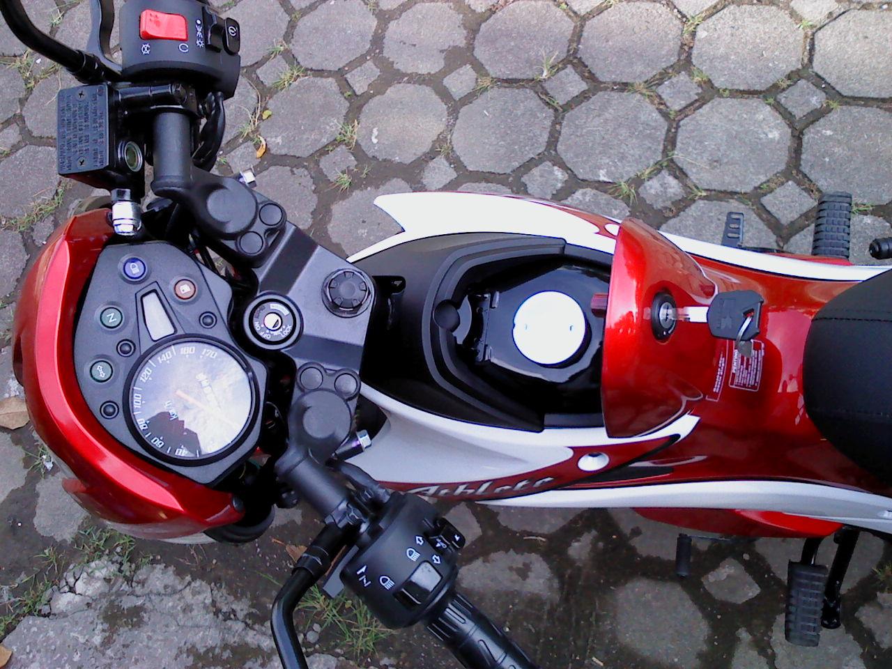 Kawasaki Athlete Merah