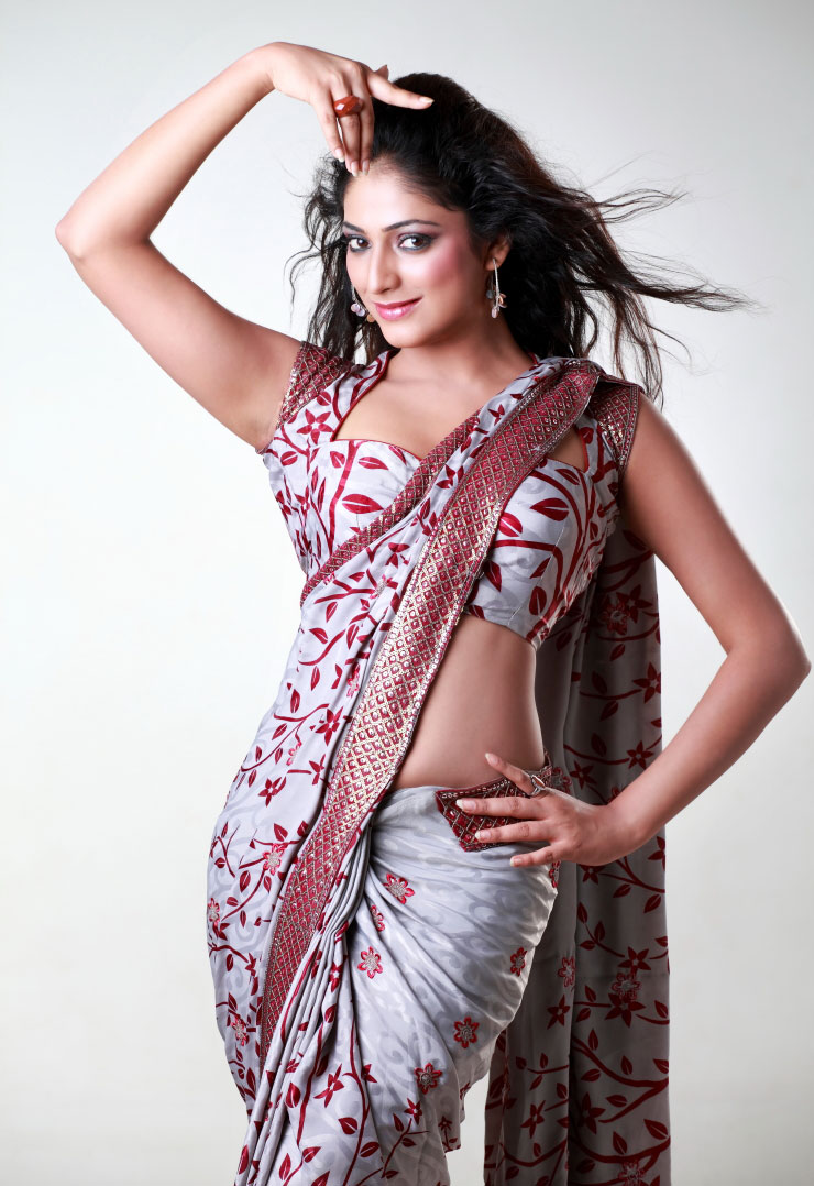 Adorable Stills Hot Navel and Thigh Show Haripriya Sexy Unseen