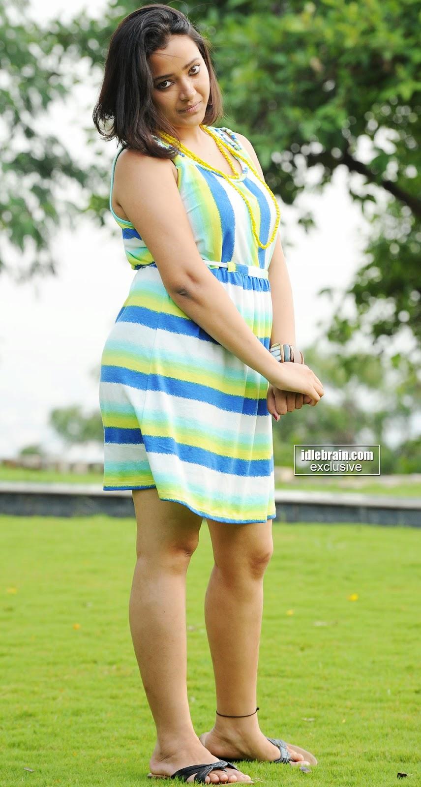 Swetha Basu thighs