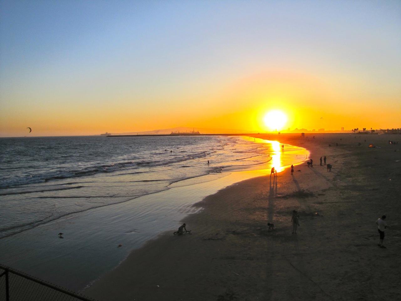 The Urban Explorer Summer Sunset At Seal Beach