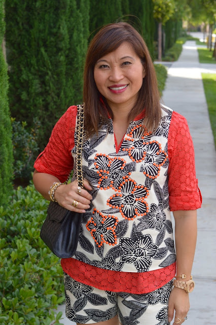 Pattern Mixing, Summer outfit,  Over 40 Fashion, OC blogger