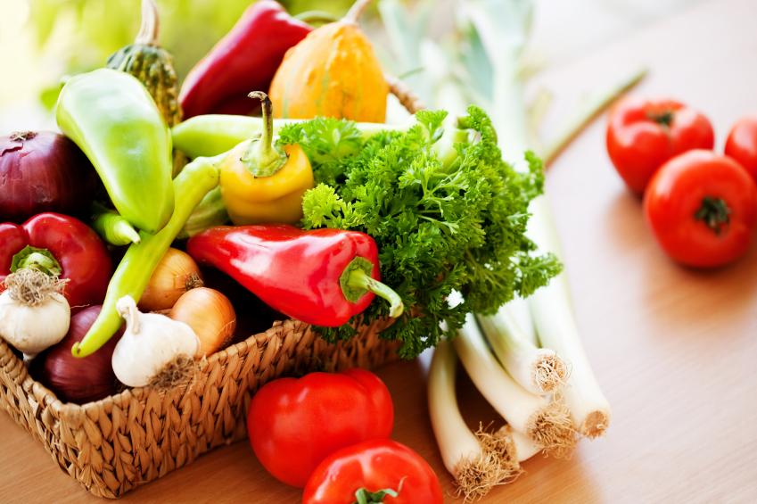 4 أطعمة للتغلب على آلام الانتفاخ