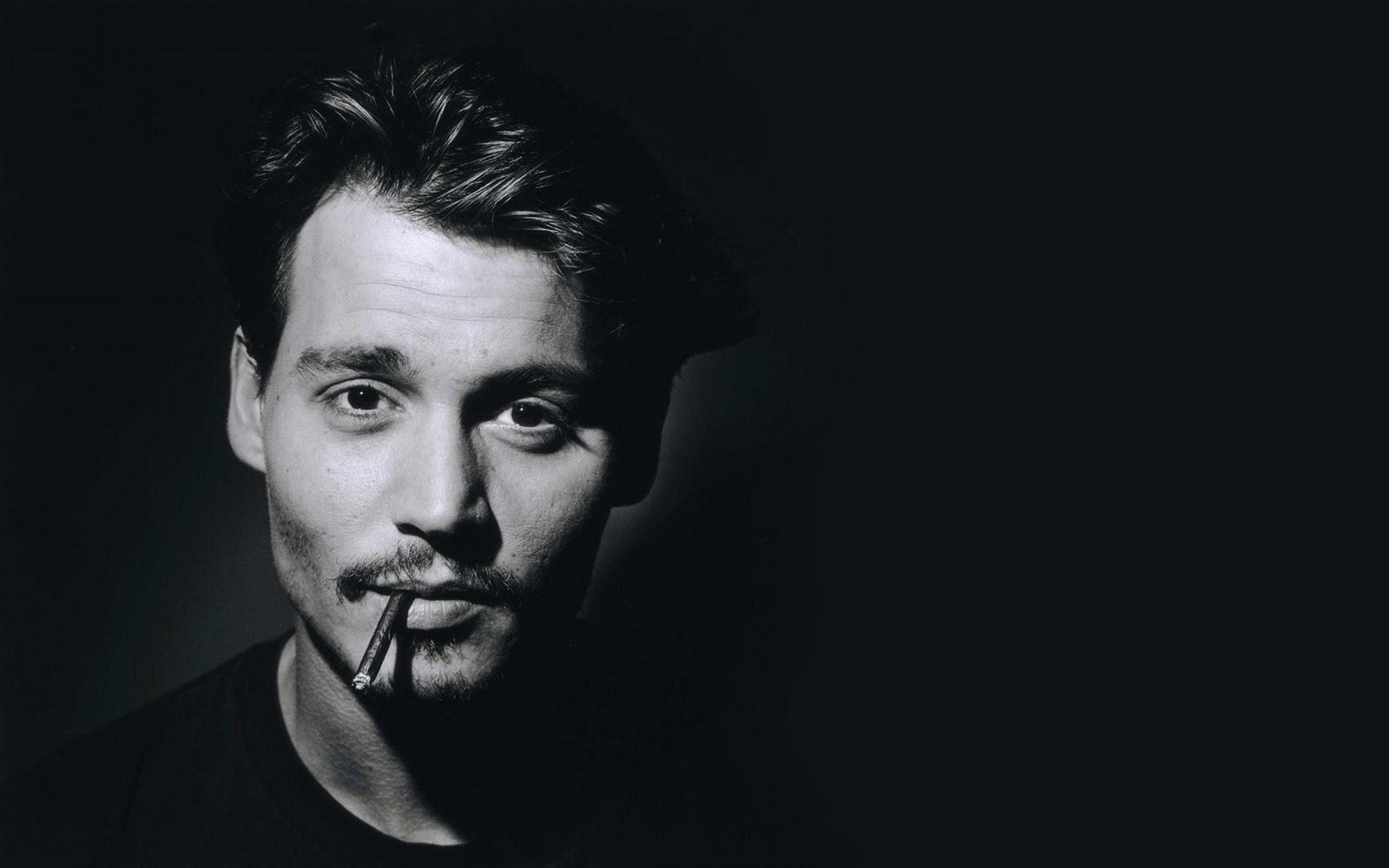 http://2.bp.blogspot.com/-W5tG8RCJ2Cw/T3EyfpA_2AI/AAAAAAAAAPk/APvmw15CaBw/s1600/Johnny+Depp+b&w.jpg