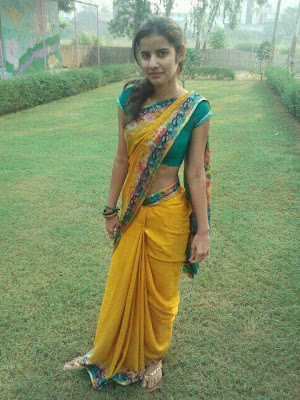 Pakistani Girl In Saree