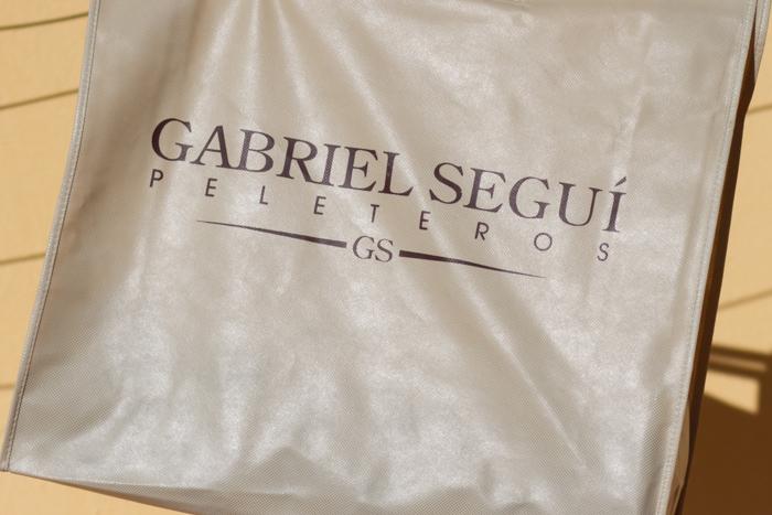 Gabriel Seguí peleteros compra shopping bloguera de moda valenciana