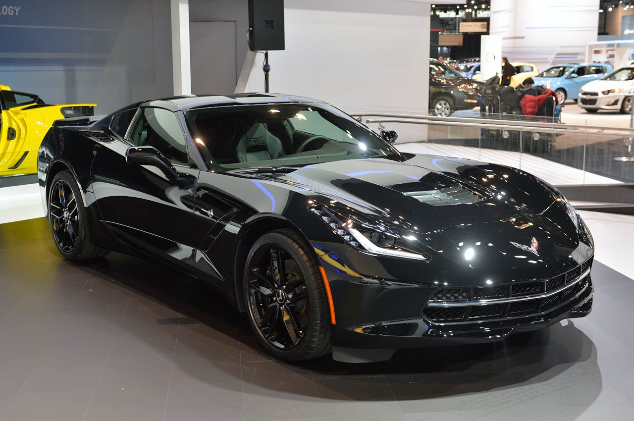 Chevrolet Corvette Stingray Black Widow comes to the rescue in Chicago   Car-Motorsports