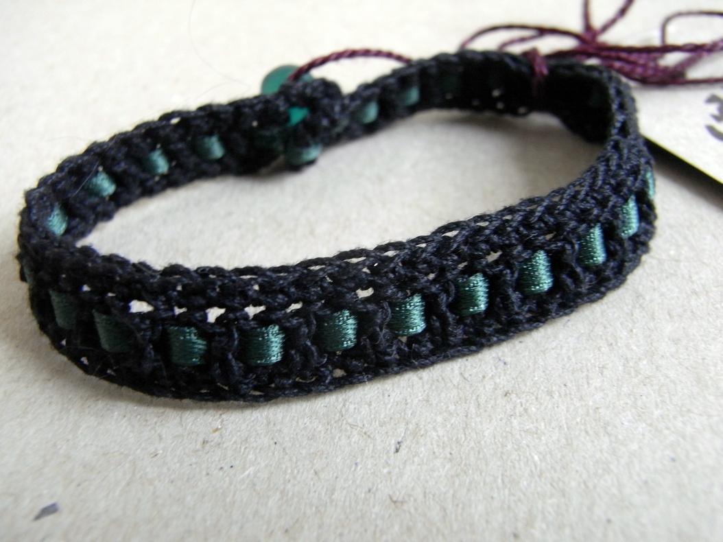 Crocheting Bracelets : Crochet bracelet