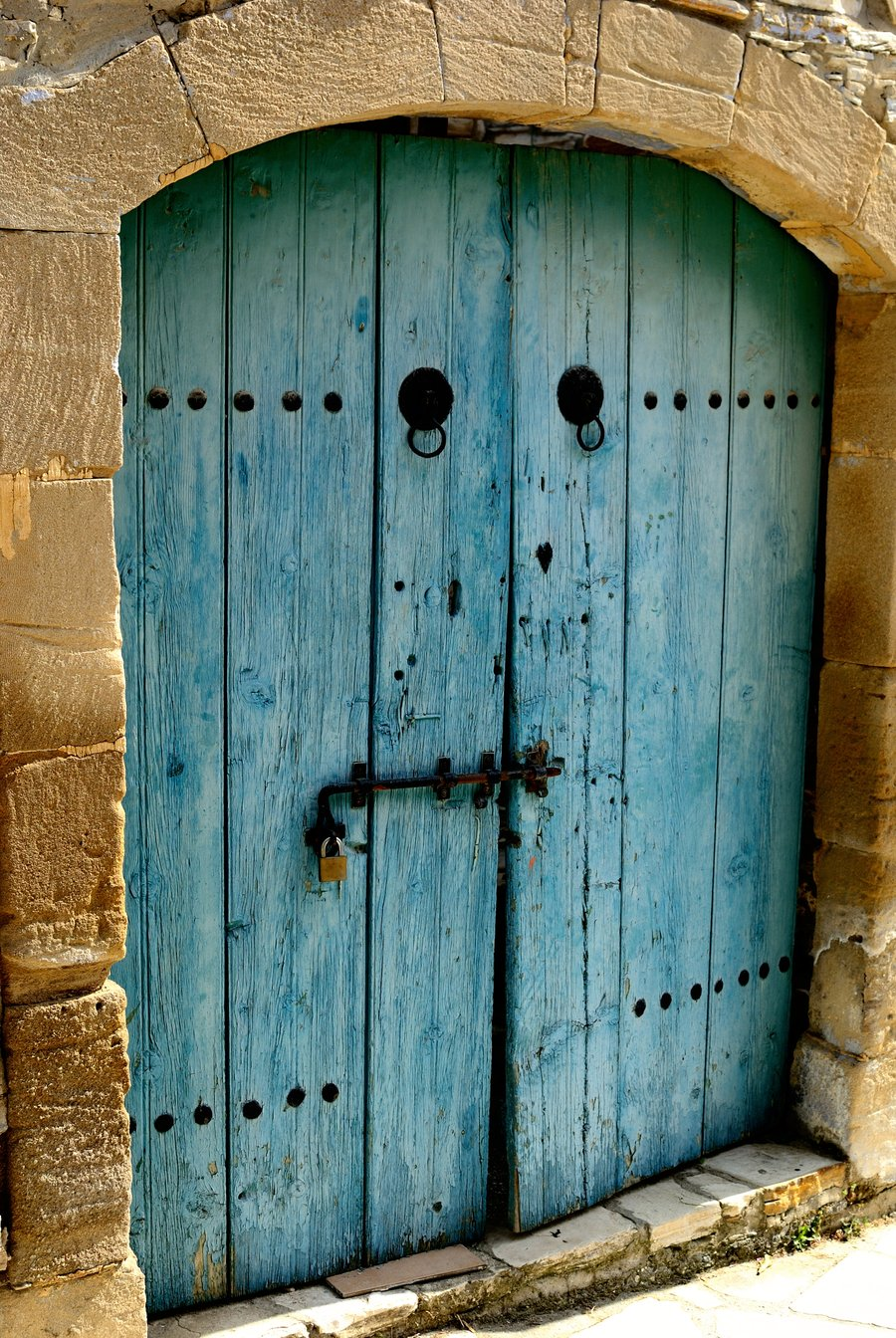 Old Wooden Doors : Beauty and the green old door new tricks