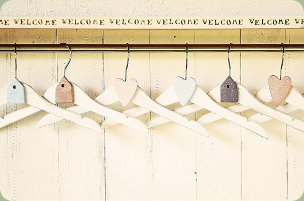 Grucce in legno ikea pannelli decorativi plexiglass - Grucce legno ikea ...