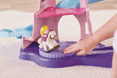 Fisher-Price Little People Disney Princess Klip Klop Stable