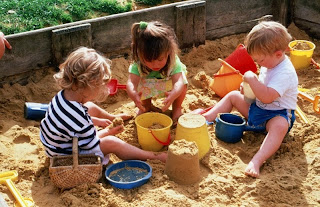 playig-in-the-sandbox.jpg