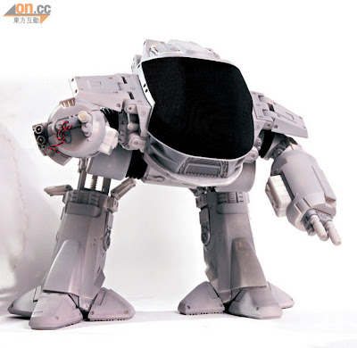 Hot Toys 2013 Preview - Robocop ED-209