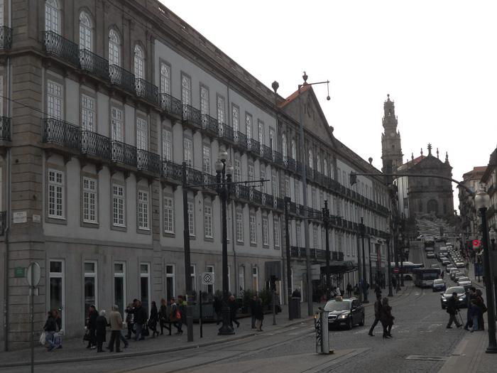 O porto encanta a pra a das cardosas e o urban market - Hotel intercontinental porto ...