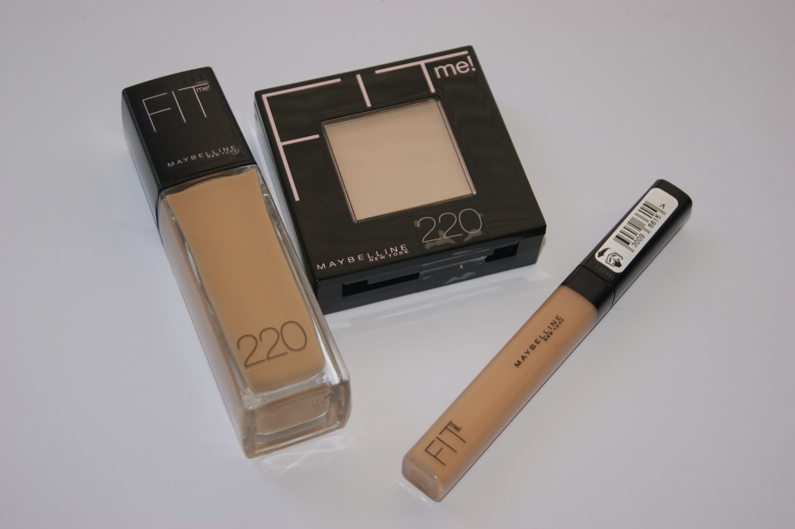 Maybelline Fit Me Range Reviews The Sunday Girl Concealer Newly On Stand Is Collection Which Consists Of Foundation