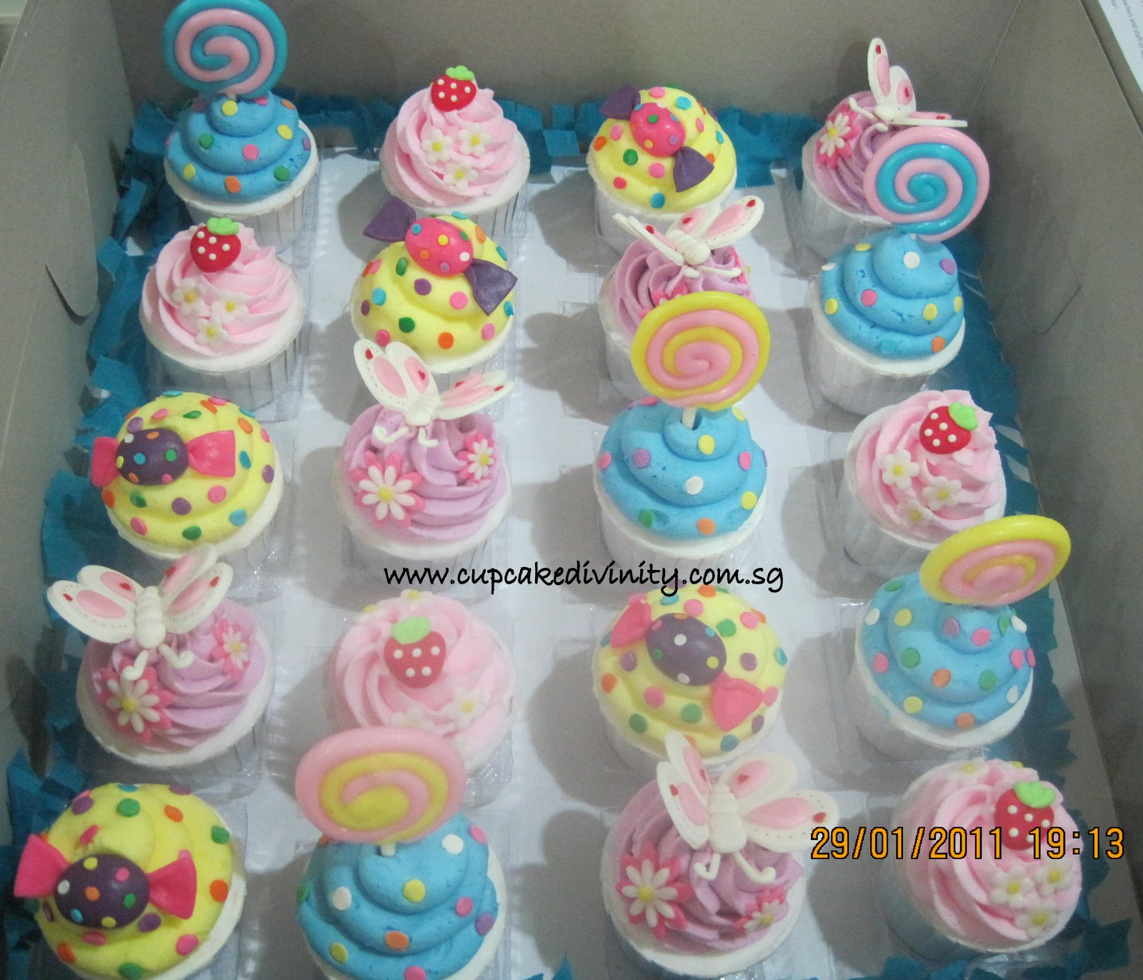Cupcake Divinity Candy theme cupcakes