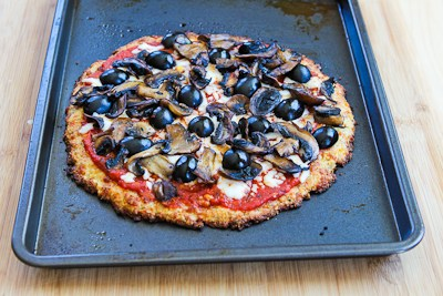 ... Cauliflower-Crust Vegetarian Pizza Recipe with Mushrooms and Olives