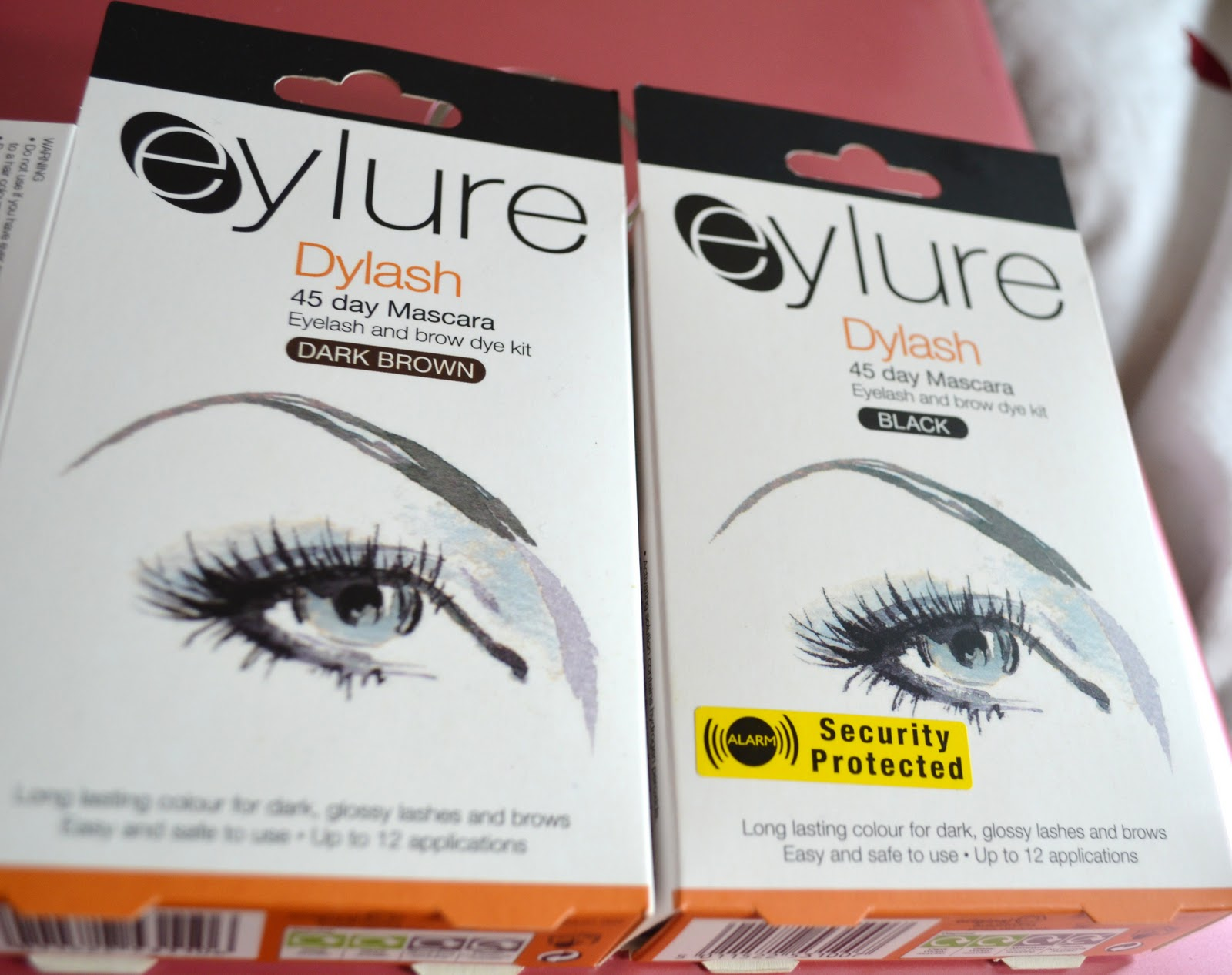Diy eyebrow tinting dizzybrunette i actually bought my first eyebrow tinting kit the last time i had my brows threaded and i bought the eylure dylash kit which can be purchased from solutioingenieria Gallery