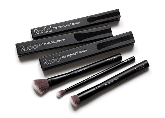 Rodial Makeup Highlighting Sculpting Eye Sculpt Brush Review Photos