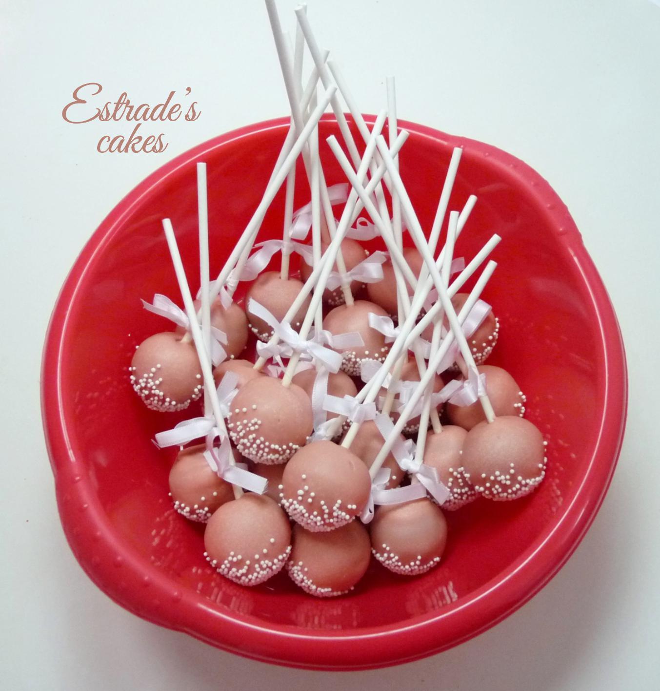 cake pops sencillos pero elegantes para primera comunión - 4