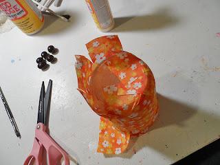 Reciclatex Cómo forrar botes con tela muy buenos para organizar escritorios