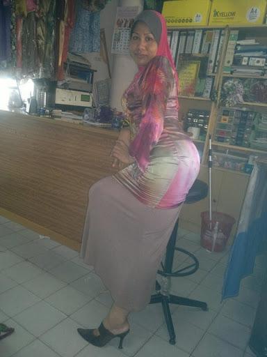 Tudung Bontot Tongek melayu bogel.com